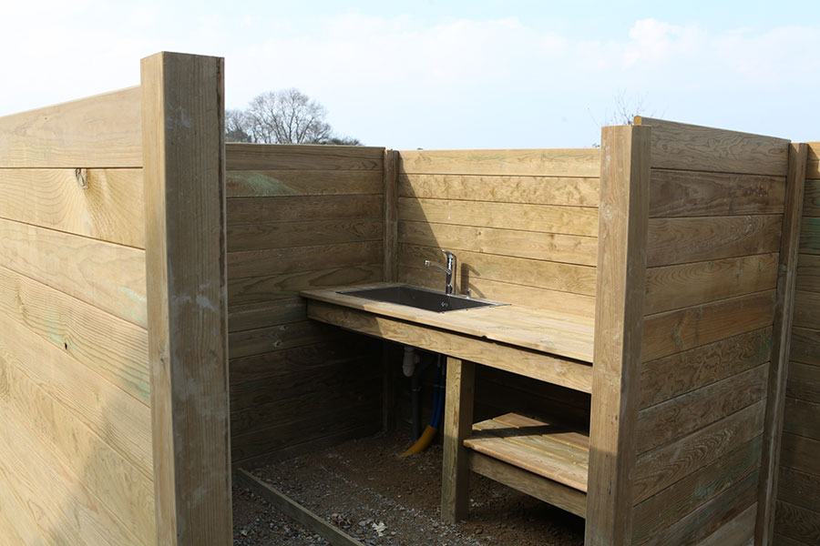 Aménagements extérieurs en bois sur une maison en ossature bois proche du Golfe du Morbihan