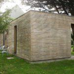 Extension ossature bois de plain-pied sur une maison néo-bretonne, dans le Morbihan, proche de Baden