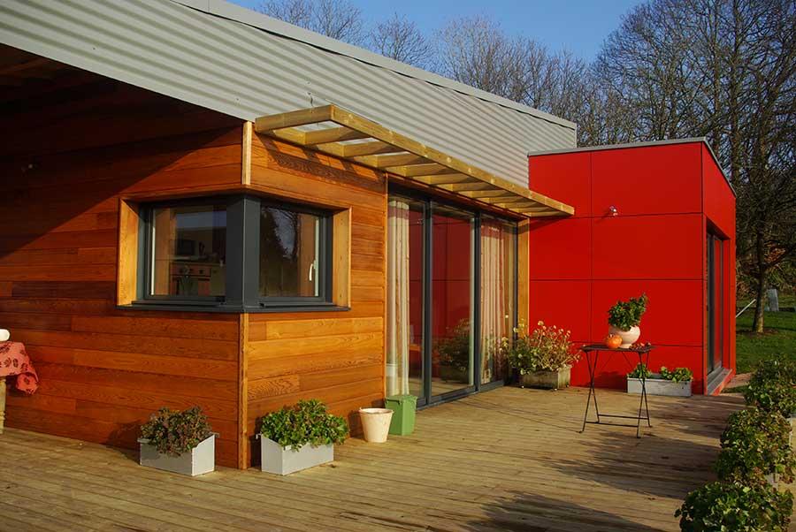 Construction maison bois toiture zinc Vannes